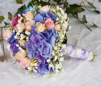 Hochzeit-Gilching-Gilching-Hortensien