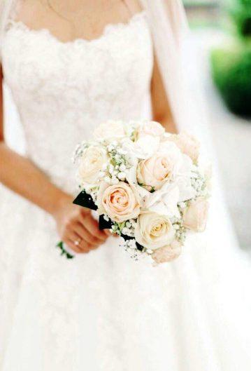 Brautstrauss-Hochzeit-Kolbermoor-rosa-weiss