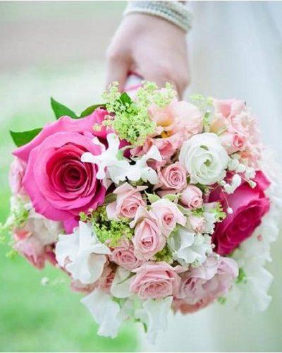 Hochzeitsfloristik-Brautstrauss-pink-rosa