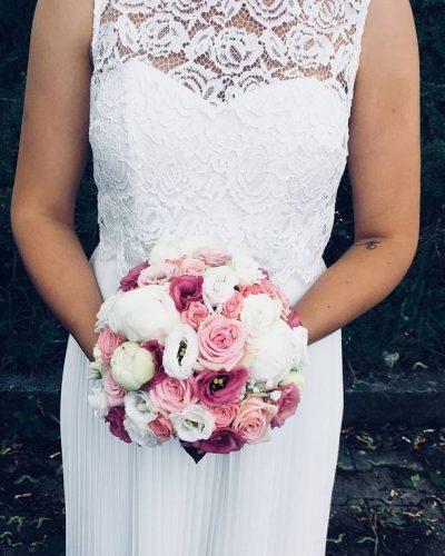Braustrauss-rosa-weiss-Hochzeit-Muenchen
