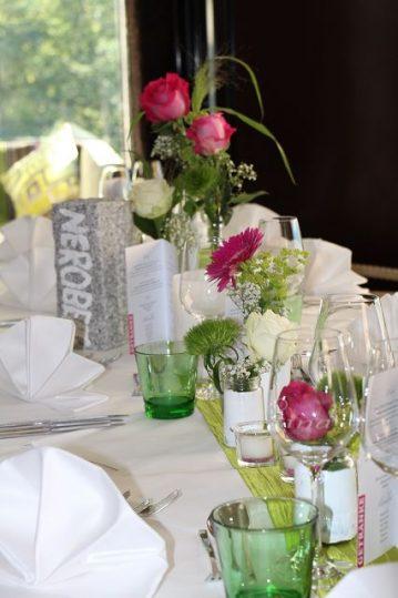 Tischdekoration-Hochzeit-Zillertal