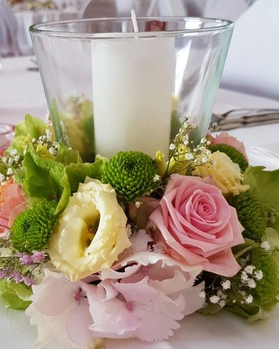 Tischdekoration-Starnberger-See-rosa-gruen