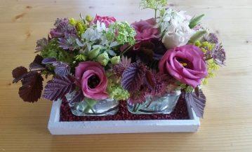 Tischdekoration-weiss-lila